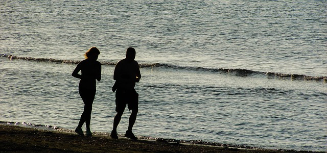 kondiční běh po pláži
