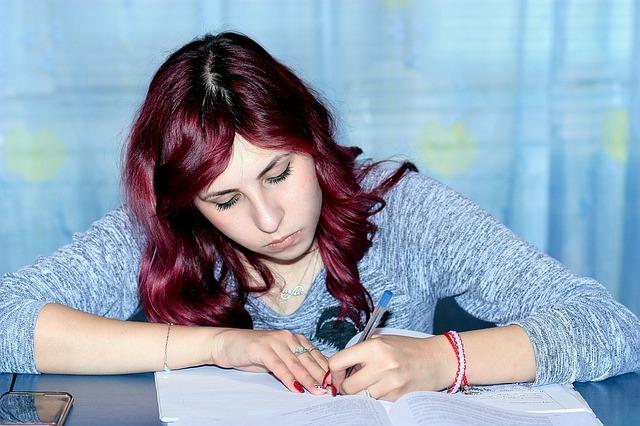 studentka při učení