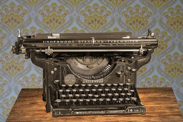 ruční psací stroj