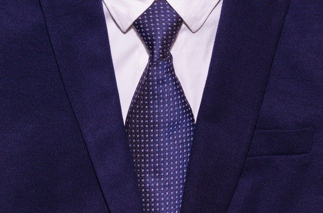 puntíkatá kravata