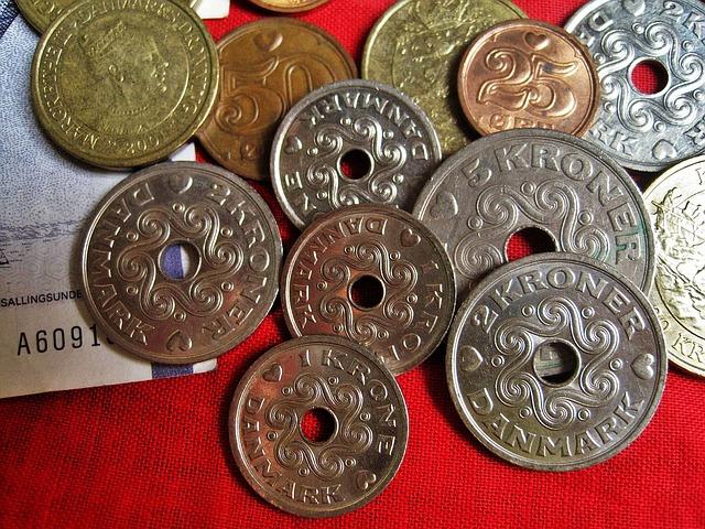 dánské mince s dírou