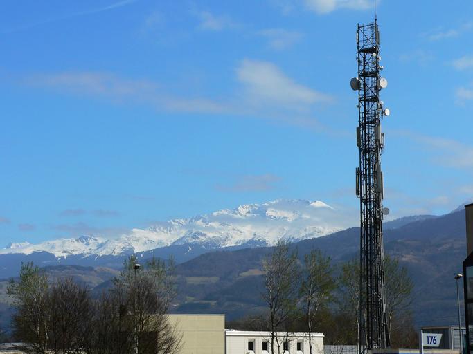 vysílač – věž