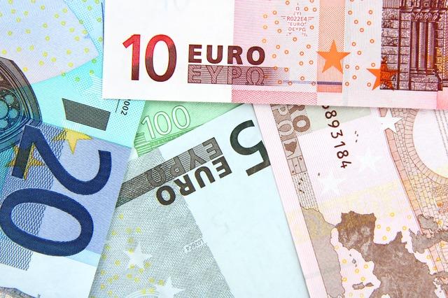 papírová eura