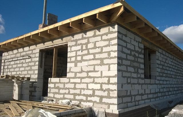 cihly stavba střecha